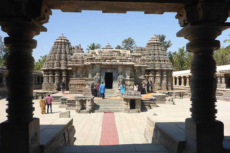 temple complex of Srineri