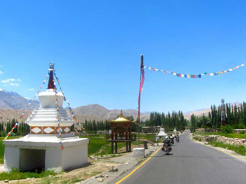 Road to the Hemis and Tikkse Monasteries
