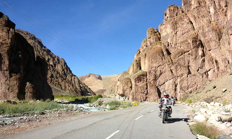 Road to the Hemis and Tikkse Monasteries
