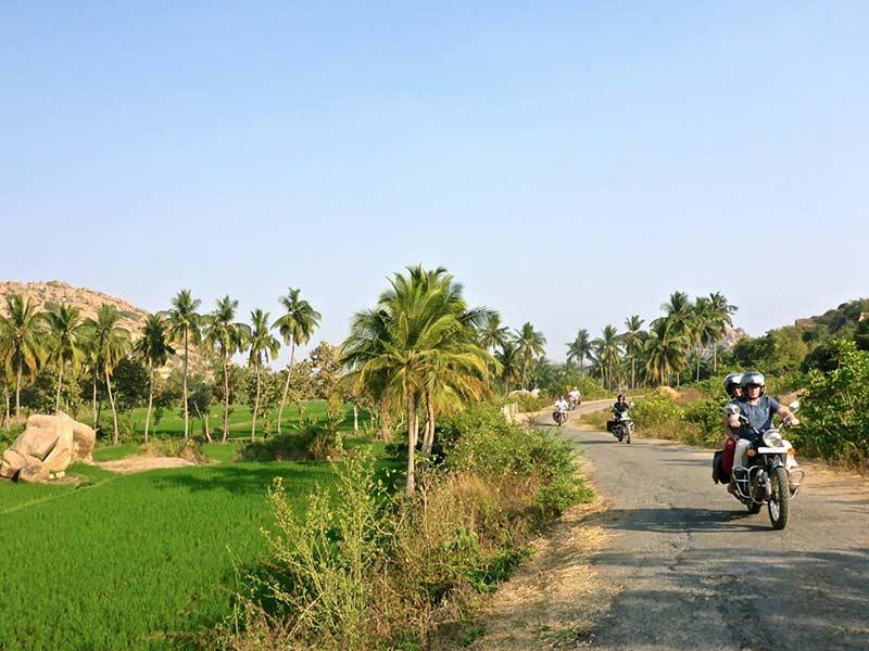 On the road to Malvan