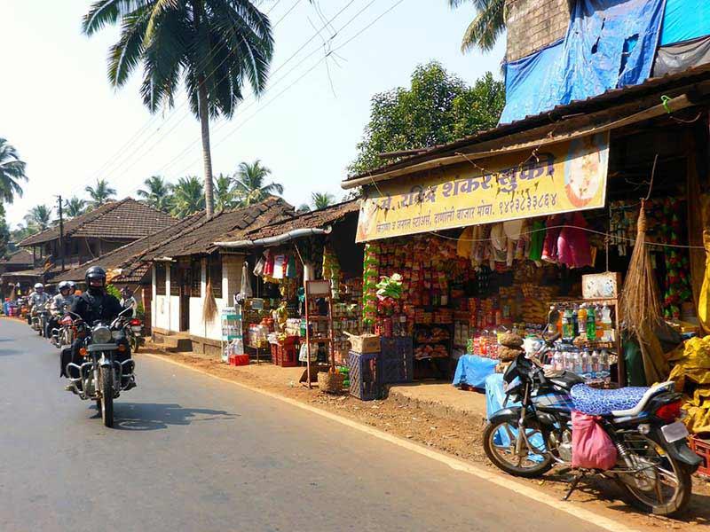 Roadside shop near the Goa Belgaum border